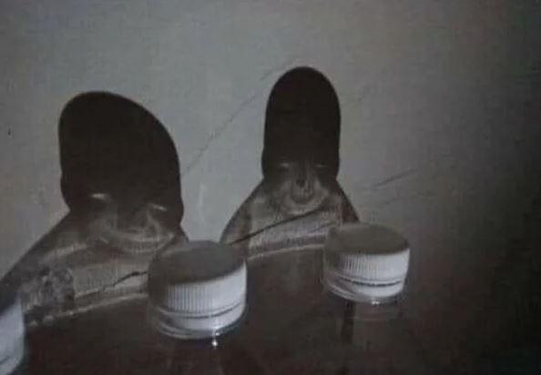 Бутылки-пришельцы